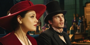 Stud muffin James Franco in Disney's new Oz movie, Nice hat